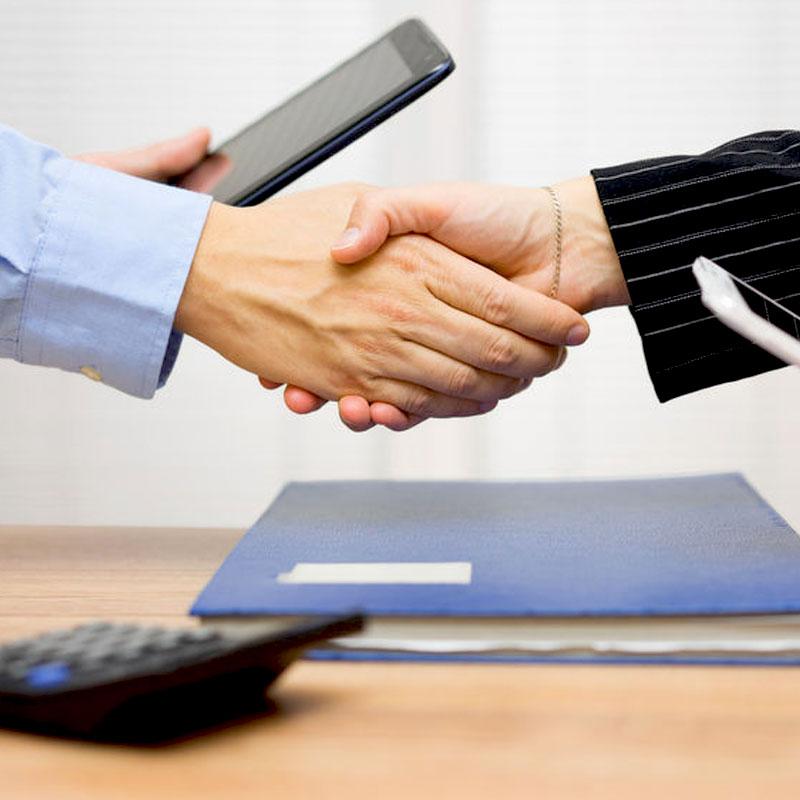 Négoce de Cornouaille : Le partenaire d'une transaction réussie . Vous souhaitez : Vendre votre véhicule ? Acheter un véhicule neuf ou d'occasion ? Rechercher du matériel professionnel ... En tant que Mandataire à Quimper, nous vous accompagnons dans vos démarches pour réaliser une transaction en toute sécurité